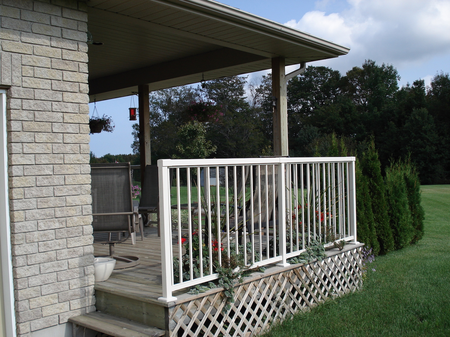 regular metal picket railings