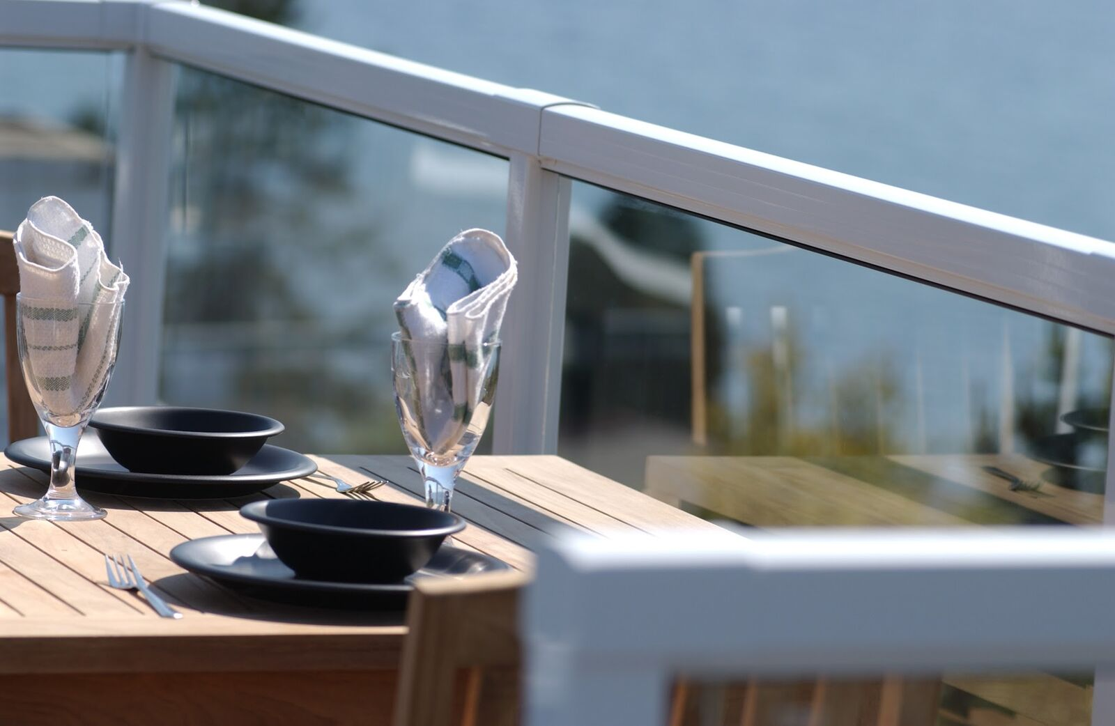 framed glass railing