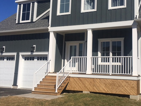 Wide picket deck railing